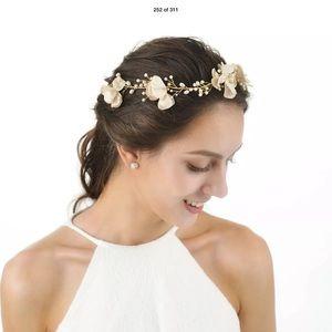 New Beautiful hair accessory//headband
